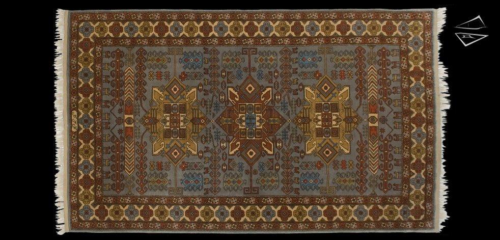 6x10 Persian Design Rug