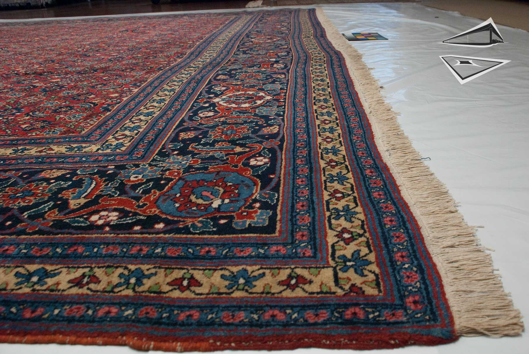 Persian Tabriz Rug 15 X 22