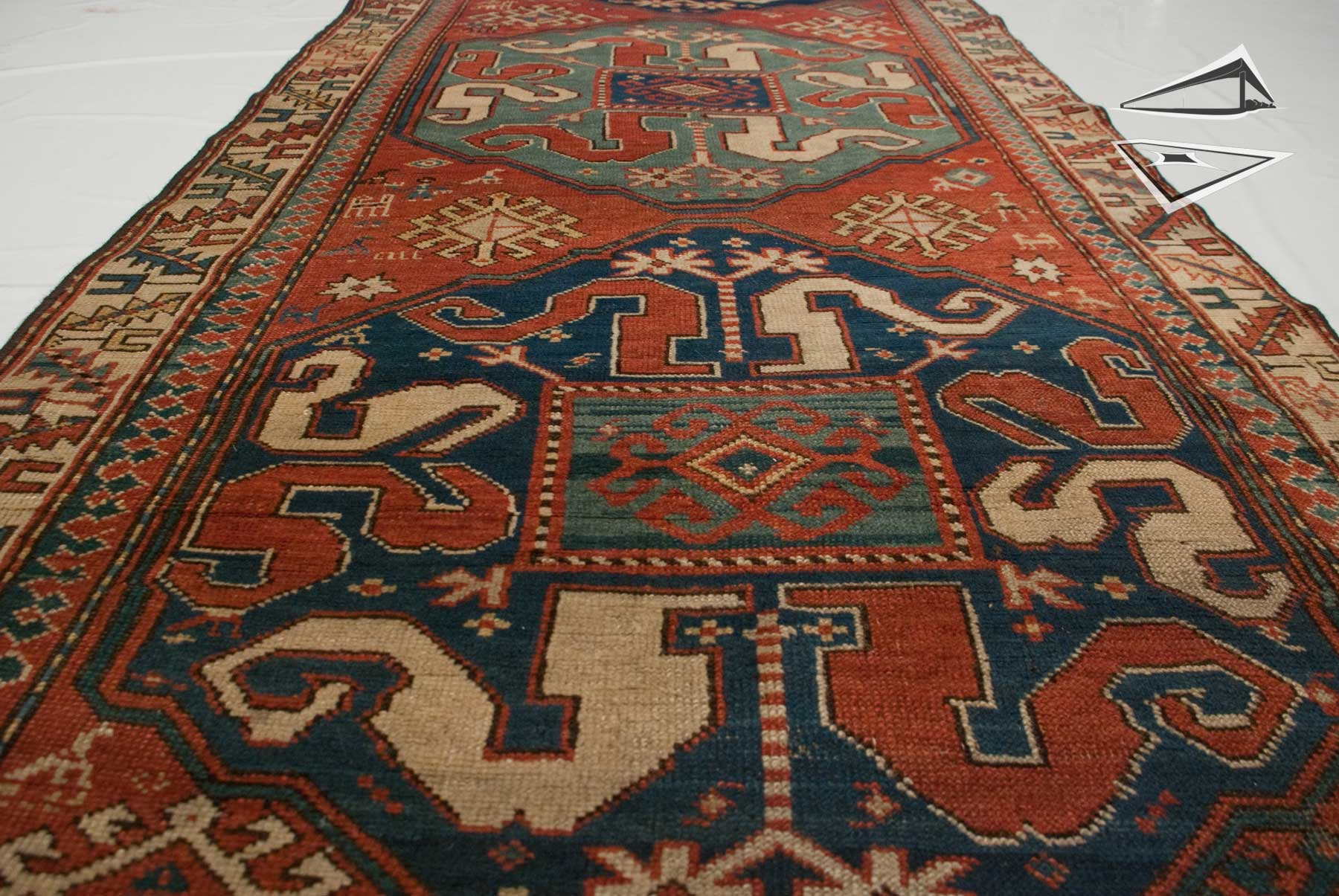 antique siberian kazak rug runner 3 39 x 8 39. Black Bedroom Furniture Sets. Home Design Ideas
