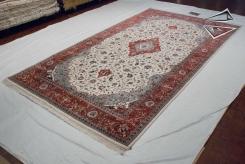 Kashan Design Rug