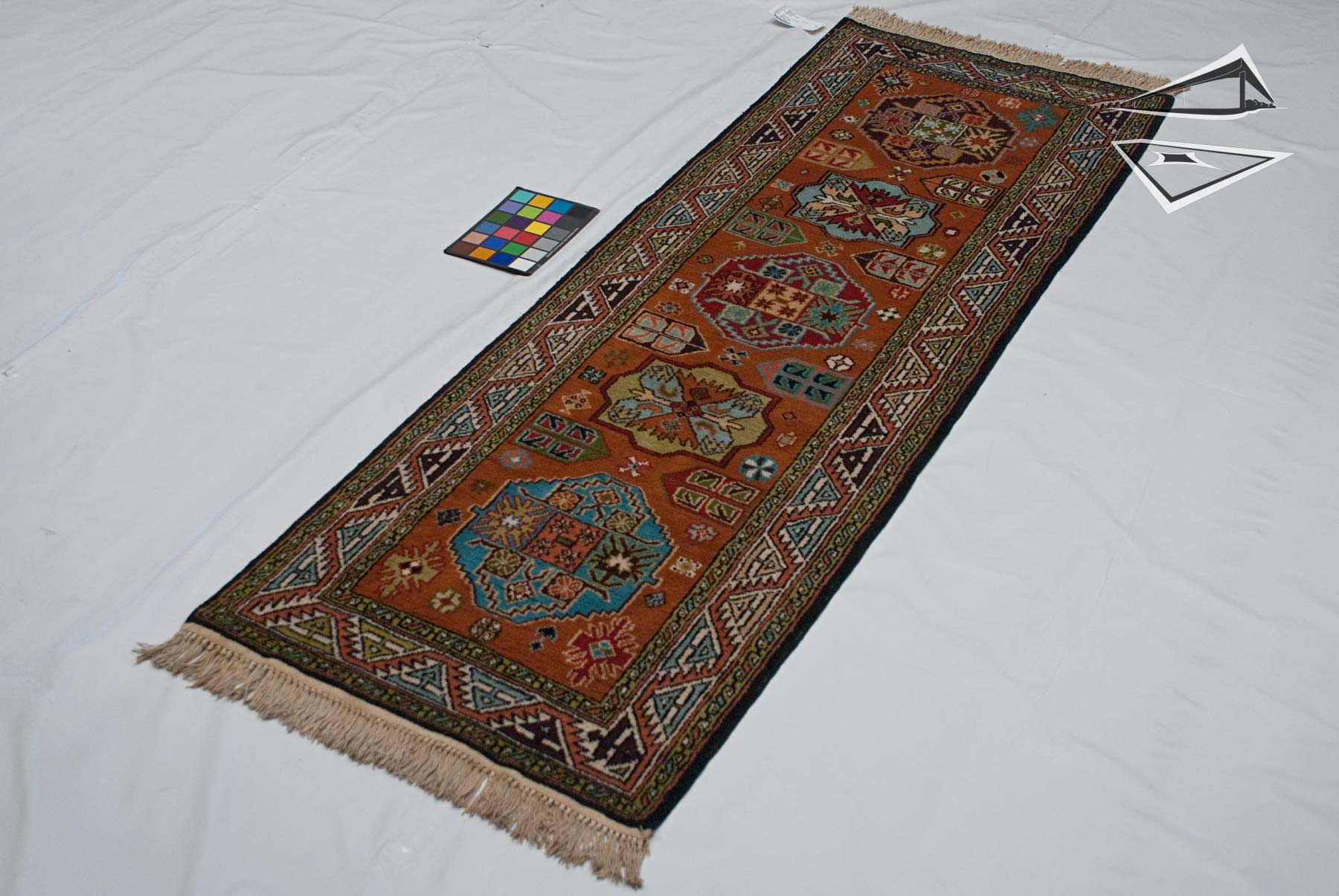 siberian kazak rug runner 3 39 x 8 39. Black Bedroom Furniture Sets. Home Design Ideas