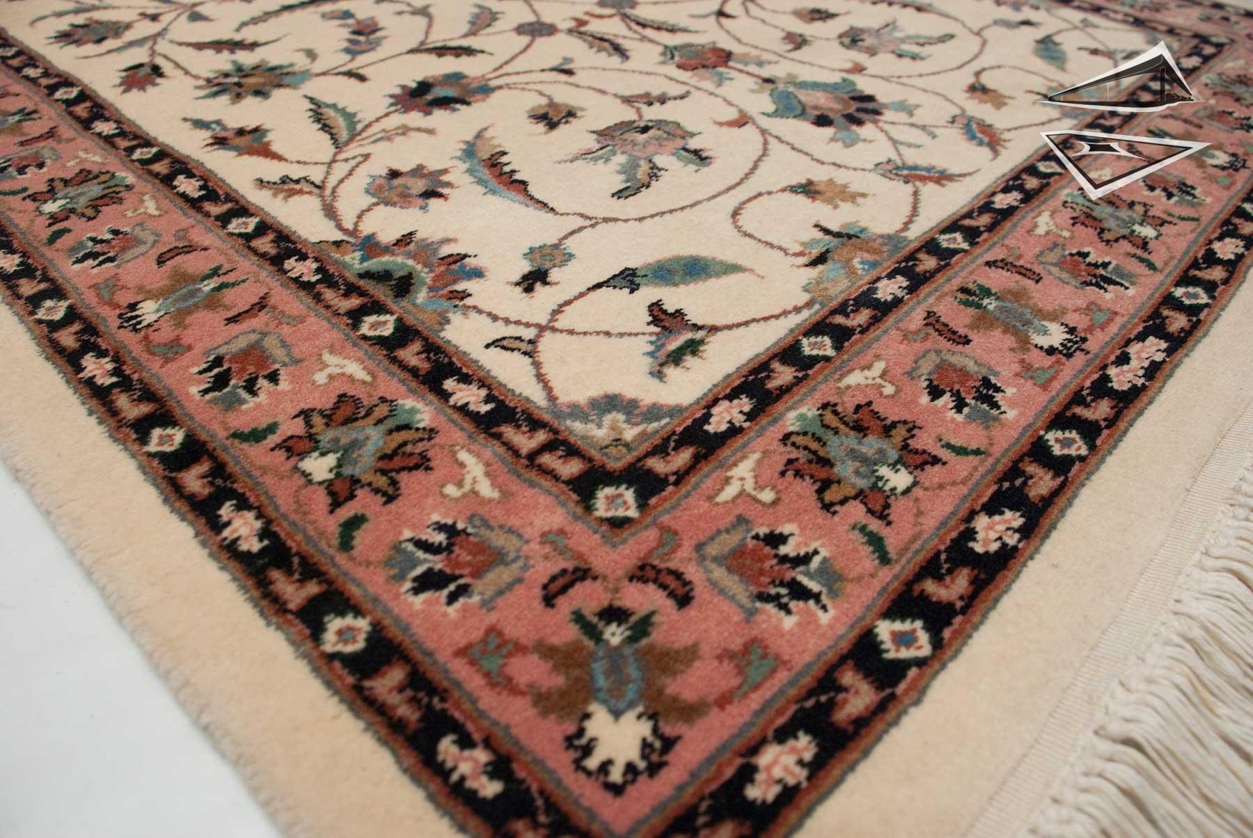Isfahan Design Rug Runner 2 7 Quot X 11