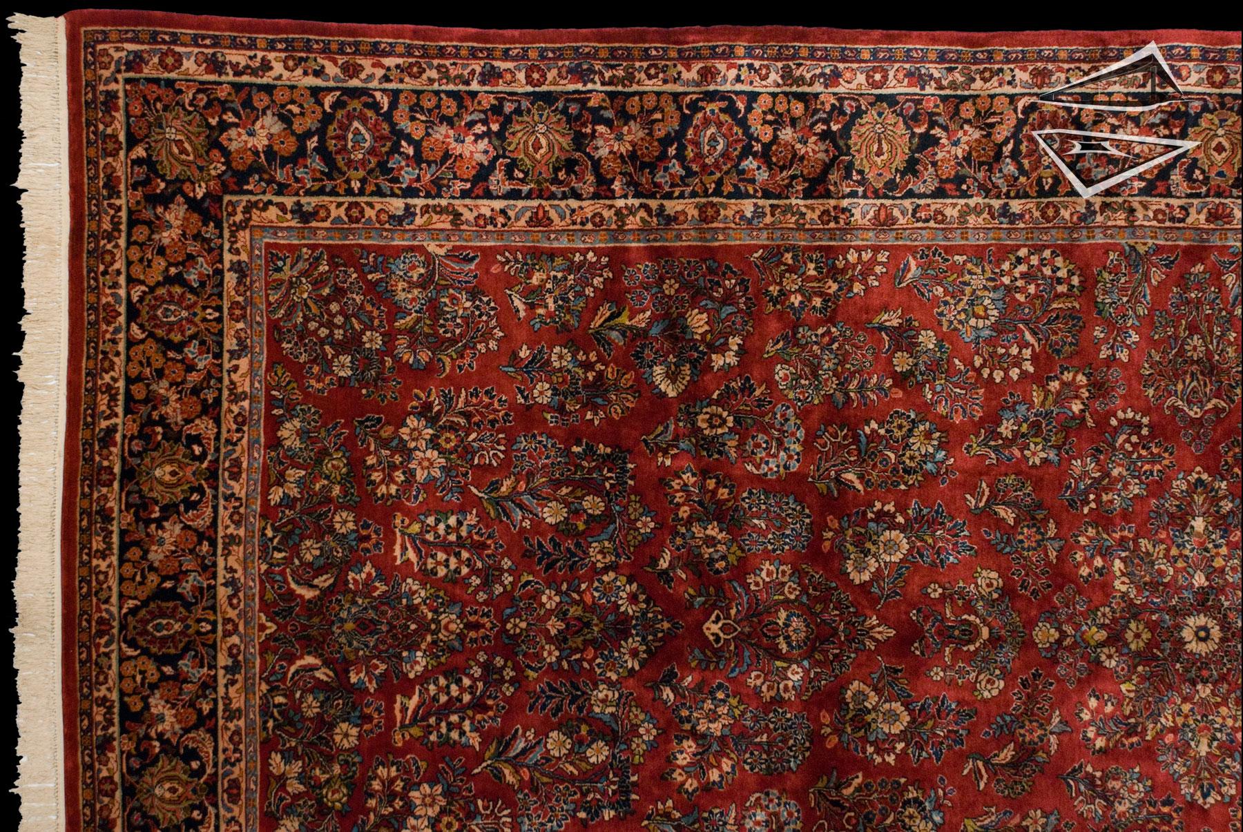 Persian Sarouk Rug 9 X 19