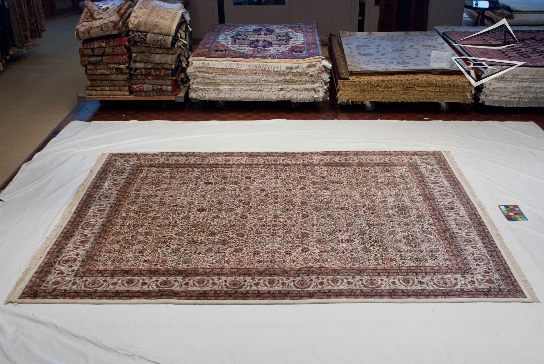 Tabriz design rug 10 39 x 13 39 for 10x13 room layouts