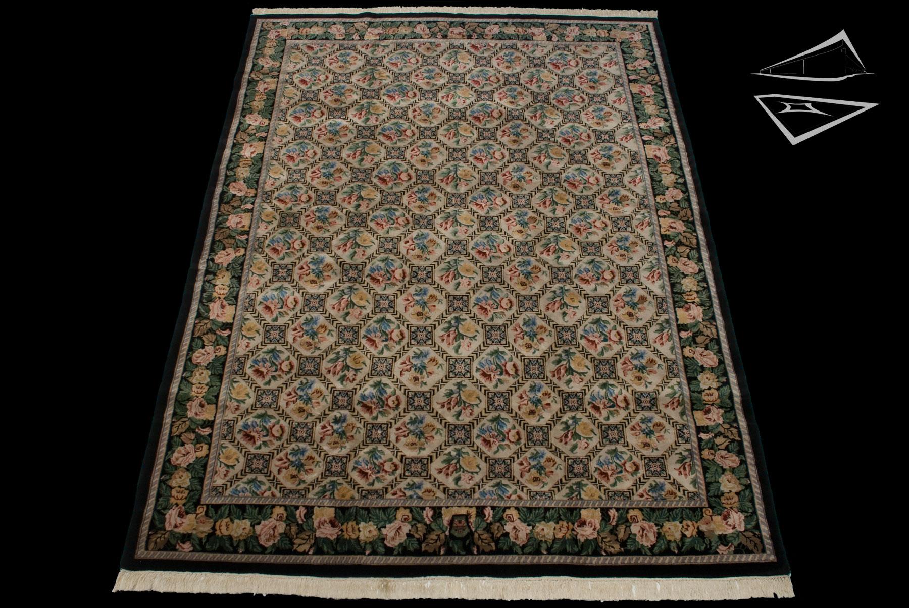 trellis design square rug 10 39 x 12 39. Black Bedroom Furniture Sets. Home Design Ideas
